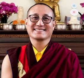 Empowerments, lungs and teachings by Lama Lodrö Rabsel Rinpoche